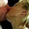 power_ful: (kissing (pb))