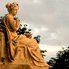 tortenet: (statue)
