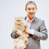 meowtstanding: (MARTIN FREEMAN and an angry looking cat)