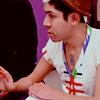 aojona: (does bruno mars is gay?)
