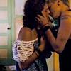 apoxuponyou: (buboes: kiss)