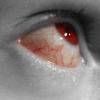 esyr: (красно-серый глаз)