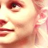 callmeonetrack: (Kara: Captains Hand)