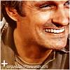 uberniftacular: (MASH: Hawkeye smile)