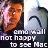 lolmac: (Emo Wall)