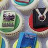 chalcedony: (book cupcakes)
