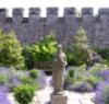 charlie_cochrane: (tudor garden)