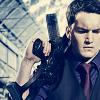 leigh: (TW - Ianto has a BIG gun)