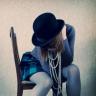 boneverse: (hat girl)