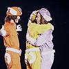 purinjiken: (♡ エイト i can has hugs too plz)