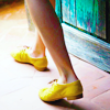 zaubra: (walking yellow shoes)