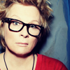 eraisme: Jennifer Saunders with glasses and short blonde hair (jenny glasses fez)