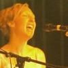 xtingu: (singing)