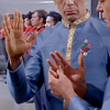 evilinsanemonkey: Spock teaching Bones how to do the Vulcan salute (ST TOS: Spones)