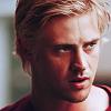 rebelseekspizza: (dante pb: white hair glare)