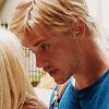 rebelseekspizza: (dante pb:  white hair talking)