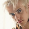 rebelseekspizza: (dante pb: white hair side-eye)
