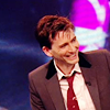 sapphire_child: (manly giggle; tennant)