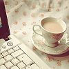 ladyzi: (food and drink - coffee with laptop)