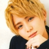 selena244: (blond ryo)