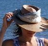 yanadarcy: (hat)
