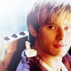 andiwould: (→ arthur; 1x13; looking at mer)