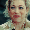 throw_the_ashtray: (dw - river song)