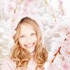 lasikello: (Nainen - kirsikkapuu)