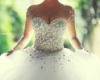 tsunymo: (pretty dress)