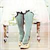 verucas_chaos: (legs_pavanes)