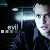 ellcrys70: (Jamie evil)