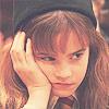 liljajune: (hp: grumpy hermione)
