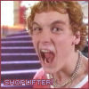 sylvanshadows: (SHOPLIFTER!!!!)