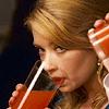 glacial_queen: (Drinking)