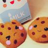 aery: (food   milk and cookies)