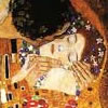 lunadelcorvo: (The Kiss - Klimt)