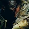 geniuswithasmartphone: (Kiss)