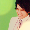 yomimashou: (Nino: embarrassed)