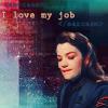 sweet_minbari_jesus: Ivanova loves her job (babylon 5, love my job, Ivanova)