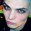 mwestbelle: (MCR | Gerard | diva bitchface)