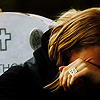 tarotgal: (SOA- Jax crying by JT grave)