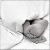 viridescence: (Gen: bare feet poking out of sheets)