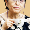 via_ostiense: Grandma holding cup of tea, lips pursed (할머니 & a cup of tea rule the world)