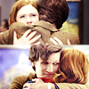 immortalje: The 11th Doctor and Amy Pond hugging ([dw] 11amy : hug levels)