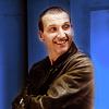 dani_meows: (dw: Nine smiles in blue)