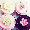 kseenaa: (Cupcakes flowers)