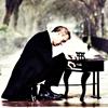hughville: (Hugh tiny piano)