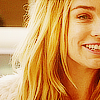 blue_icy_rose: (Sara - smile)