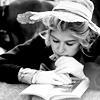 bennet_beauty: (reading)