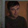 fengirl88: Man in a doorway looking sideways (Thomas)